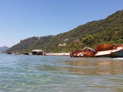 dehoumenes beach